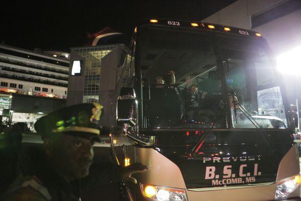 De hecho se reportó que uno de los autobuses que transportaba a algunos...