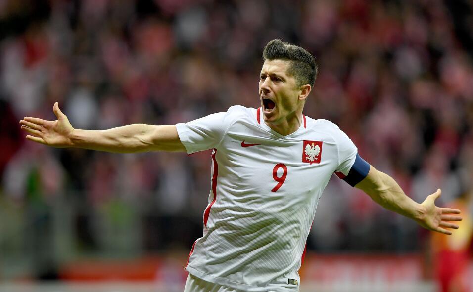 Polonia empató con Uruguay en amistoso gettyimages-859048532.jpg