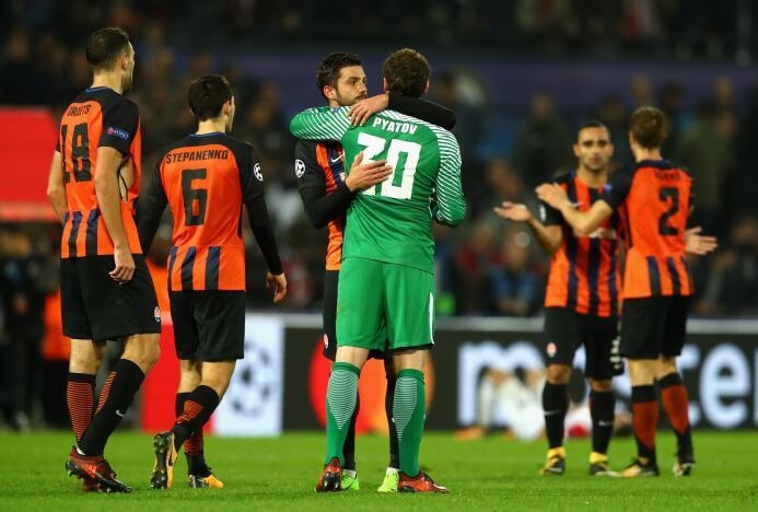 Feyenoord 1-2 Shakhtar Donetsk: con la derrota de Napoli en su visita a...