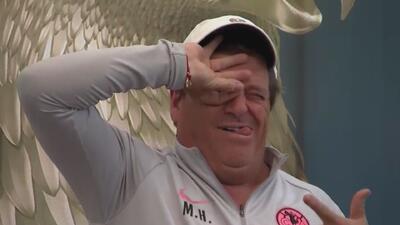 El 'Piojo' Herrera 'casi se saca un ojo' haciendo el 'Dele Alli Challenge'