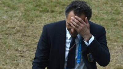 El técnico italiano renunció luego de perder 1-0 ante Uruguay y quedar e...
