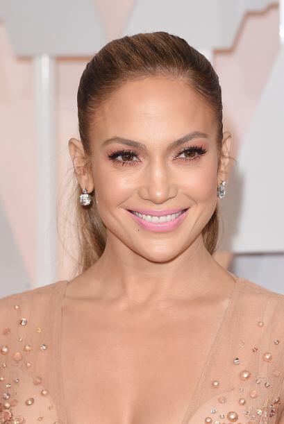 Nuestra consentida Jennifer Lopez nunca pasa desapercibida en estos even...