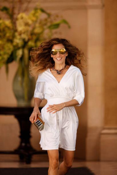Carrie Bradshaw era todo un maniquí vestido con una mezcla de modas y te...