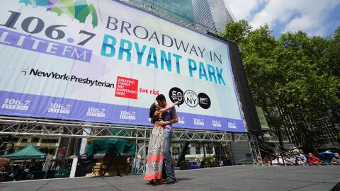 """Cae el telón para Broadway en Bryant Park con """"El fantasma de la ópera"""""""