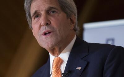 Los emprendedores son lo opuesto del Estado Islámico, dijo Kerry.