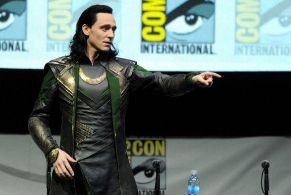 ¡Tom Hiddleston para su personaje en la película Thor nos mostró cómo es...