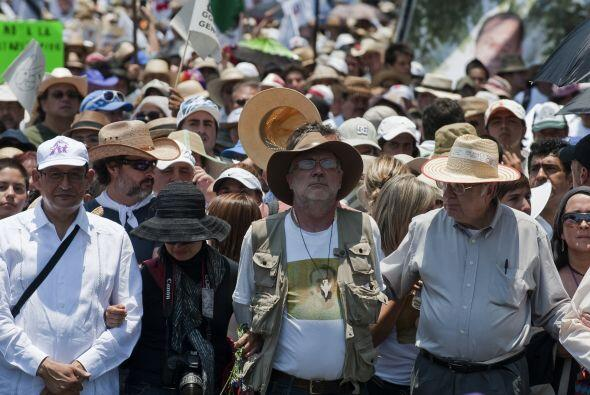 Y aunque la policía mexicana informó de la detención de siete presuntos...