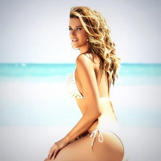 Alicia Machado es sinónimo de polémica, mira su ayer y hoy 10424604_7068...
