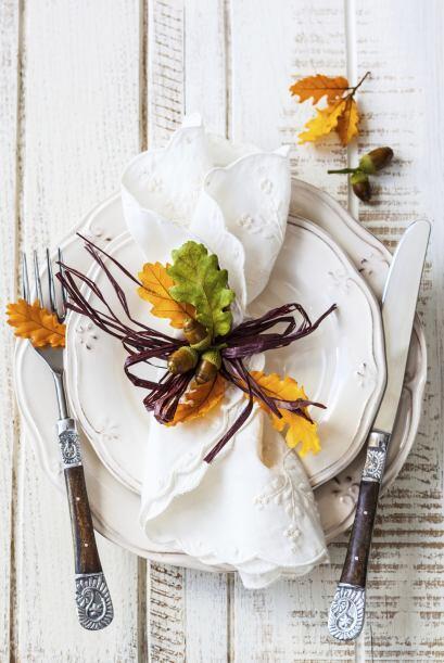 Sujetadores de servilleta rústicos. Puedes decorar las servilletas blanc...
