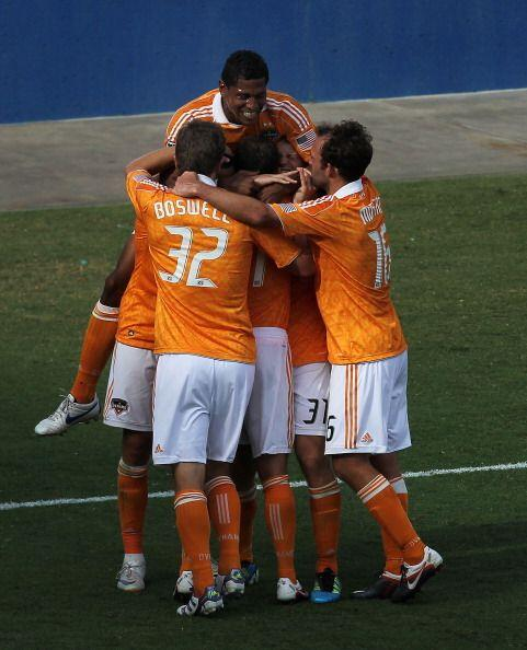 Tras numerosos intentos a lo largo de la temporada 2011, Houston Dynamo...