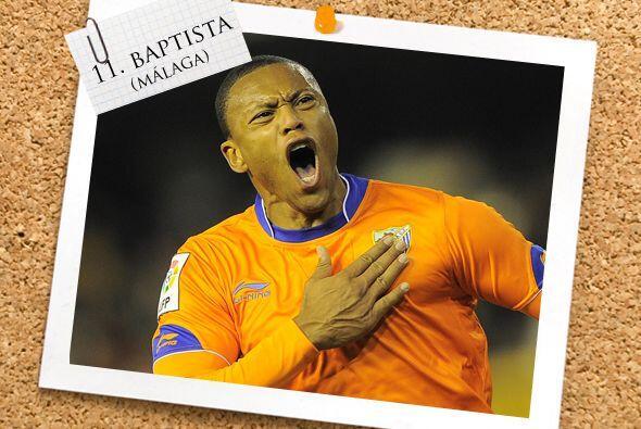 La delantera es cerrada por el brasileño Julio Baptista, que juega con e...