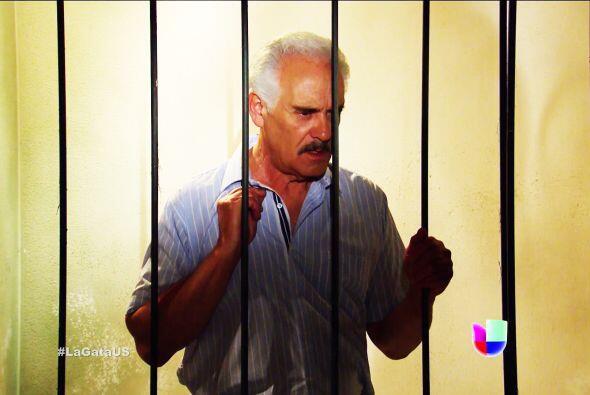 De la que se salvó don Agustín, salió de la cárcel por puritita suerte.