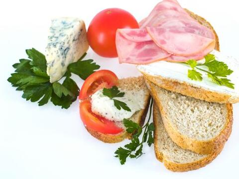 En este regreso a clases dale a tus hijos alimentos que los llenen de en...