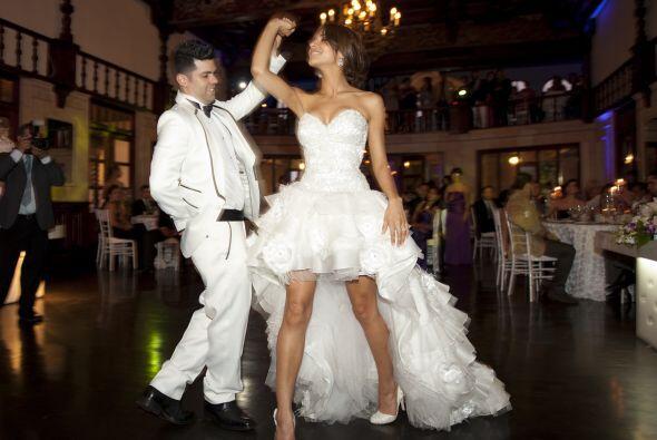 Así se vivió la fiesta de Ale y Anibal, quienes ya son formalmente marid...
