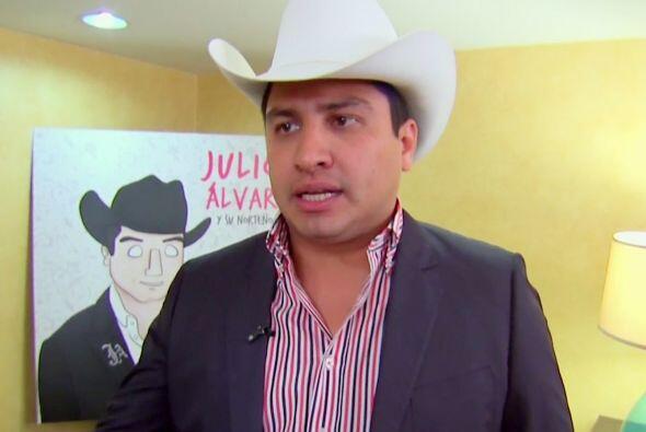 """Julión Álvarez actualmente promueve su disco """"Soy lo..."""