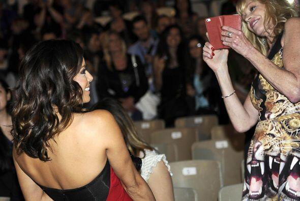Melanie asistió a un evento en Italia junto a Eva Longoria.