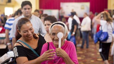 En fotos: exámenes gratuitos y asistencia masiva en feria de salud de Homestead