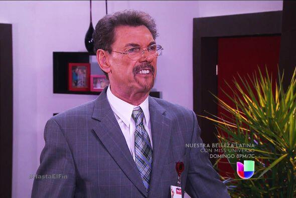 ¿Qué pasa don Rafael? Se ve que está furioso. ¿Quién lo puso así?