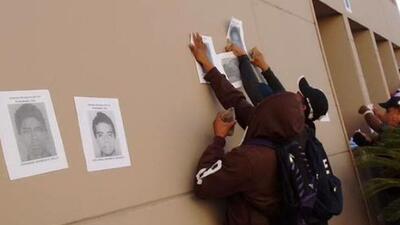 Manifestantes atacan fiscalía en Guerrero