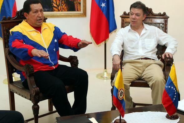 Los mandatarios invocaron a Simón Bolívar para que puedan lograr acuerdo...