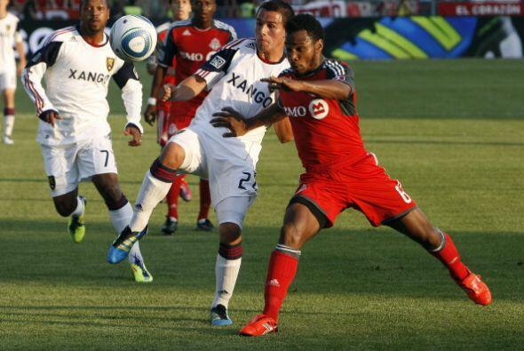 Con un solitario tanto del joven ecuatoriano Joao Plata, Toronto FC logr...