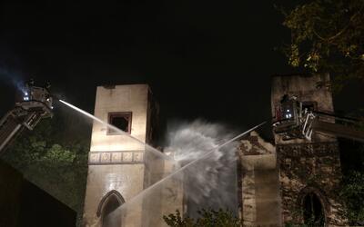Rumanía: al menos 27 muertos tras incendio en discoteca  2017-05-15T0214...