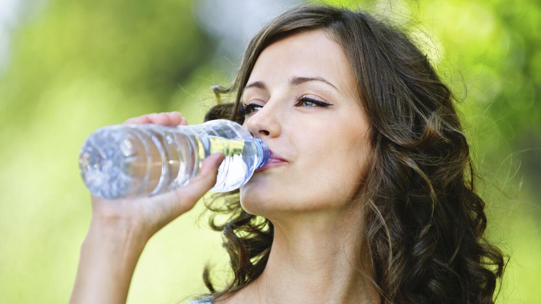 Tu doctor responde: ¿Cómo saber si estás deshidratado?