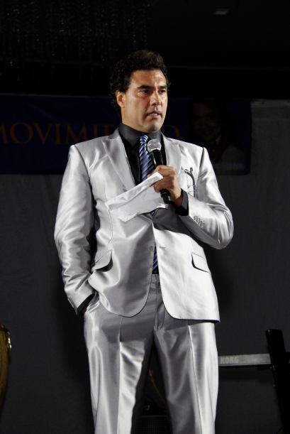 En un tiempo de su vida, Eduardo Yáñez sufrió alcoholismo.