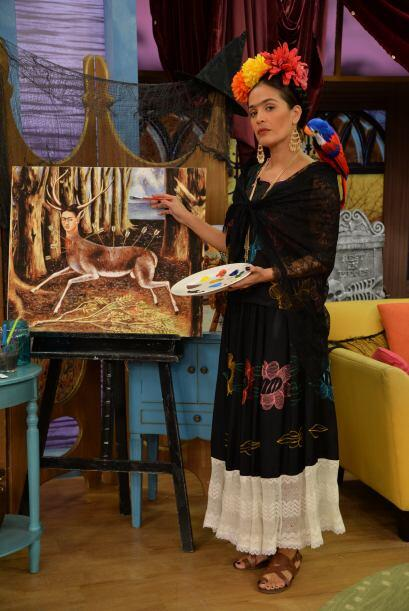 Karla se caracterizó como Frida Kahlo, una de las mujeres más famosas de...