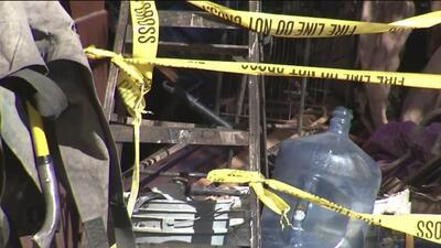 Un voraz incendio obliga a la evacuación de decenas de residentes en un edificio