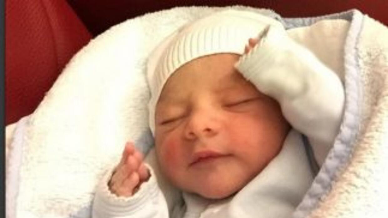 Andrés Guardado presentó a su bebé en Instagram. (Instagram)