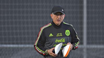 Osorio completó 18 partidos dirigiendo a México con saldo a favor
