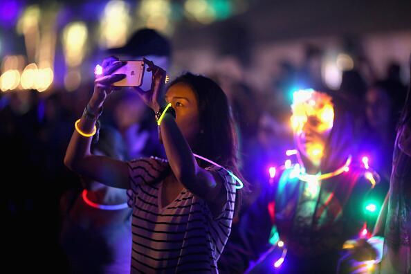 Estampas de las multitudes, los espectáculos y toda la diversión que han...