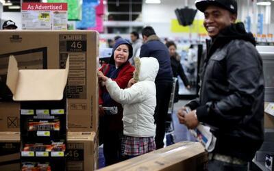 El 49% de los estadounidenses se sienten mejor sobre su situación...