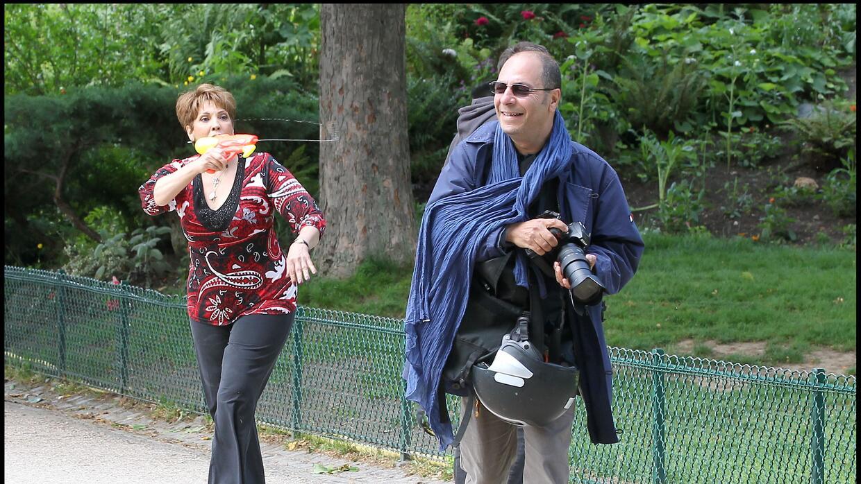 Para alejar a los paparazzis, el 16 de junio de 2011, Guadalupe Rodrígue...
