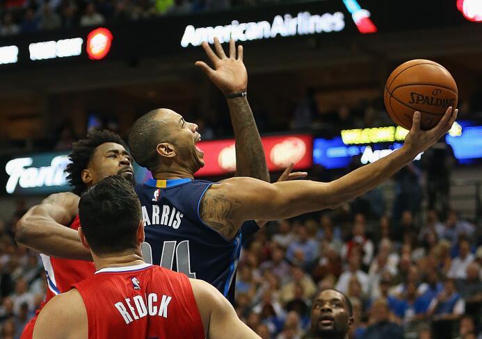 Dallas venció 118 a 108 a Los Angeles en un partidazo donde brilló Dirk...