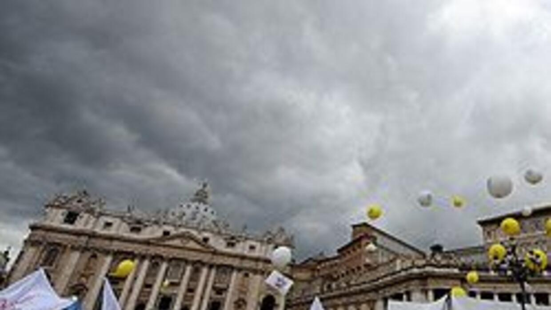 Miles respaldaron al Papa tras escándalo de abusos 6b3f907bfc0843e8ab310...