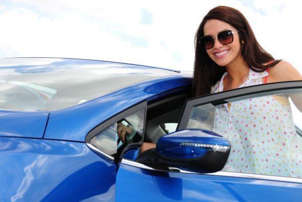 Este año la reina recibirá un maravilloso automóvil de Kia, por eso ella...