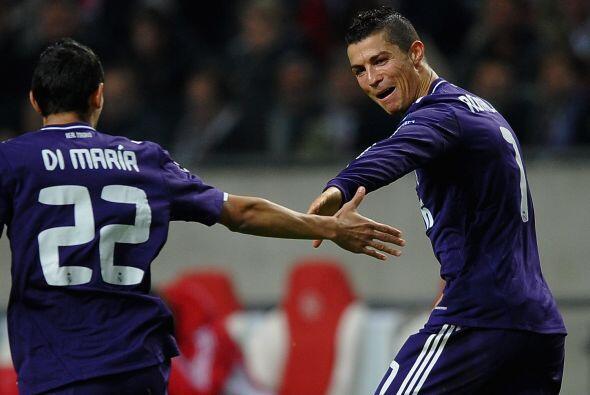 Dio inicio la quinta fecha de la fase de grupos de la Champions League,...