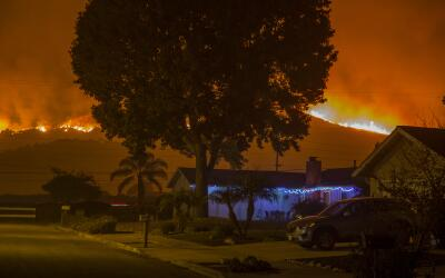 Bajo control incendio en almacén en Arlington Heights  gettyimages-89004...