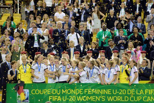 Al igual que en el torneo mayor de hombres, Alemania se alzó con el camp...