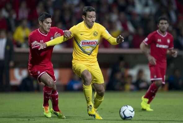 Luis Gabriel Rey fue de lo mejor del América en el partido, peleó contra...
