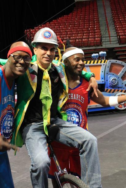 Peladillo aprovecho la visita pasada de RINGLING BARNUM & BAILEY circus...