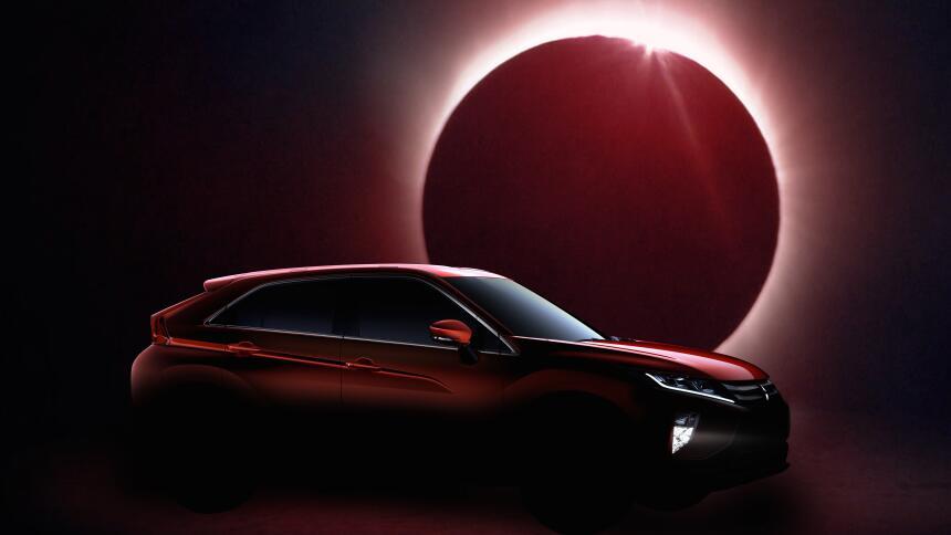 Esplendor y eclipse del Mitsubishi Eclipse Ecrips_cross_A2.jpg