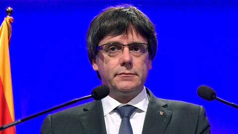 El presidente del gobierno regional catalán, Carles Puigdemont, a...