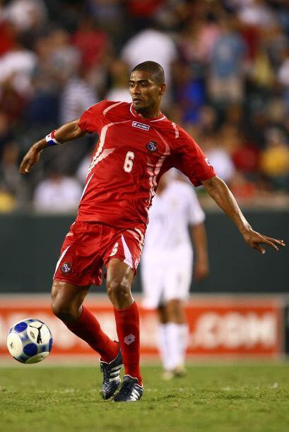 Gabriel Gómez (Panamá): Referente del fútbol panameño en esta época, don...