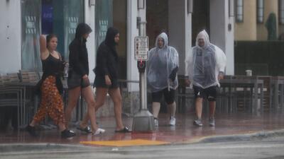 Se esperan aguaceros y tormentas eléctricas aisladas durante este domingo en Miami
