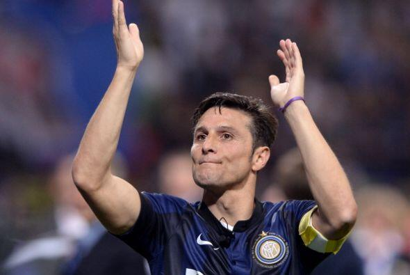 Zanetti dejó marcada una huella en el Inter de Milán. Ganó 5 ligas, 4 Co...