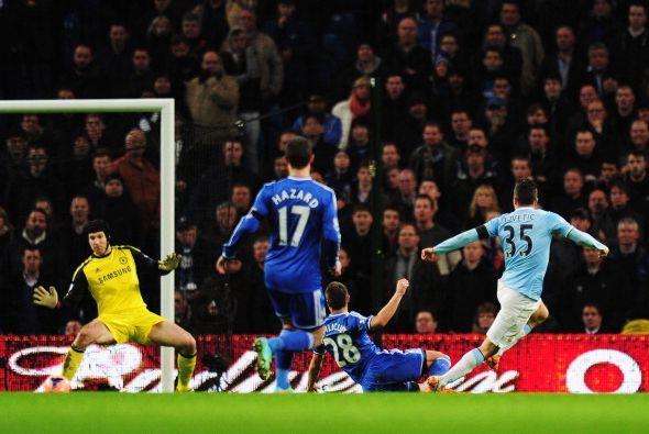 Hasta que llegó el primer gol del City en las piernas de Jotevic.