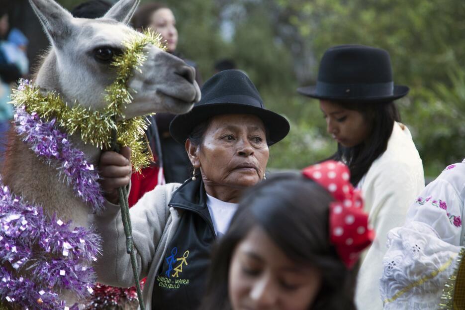 Está mujer de Chilibulo, una comunidad indígena de Ecuador, decoró a su...